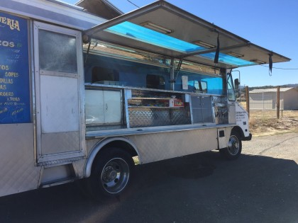 The beloved taco truck is back in Kenwood (Photo: Marcy Smothers)